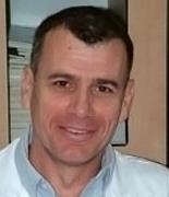 Доктор Нахшон Кноллер