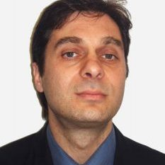 Д-р Анджей Надо