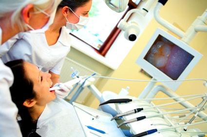 Пациент у зубного