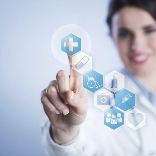 врач назначает персонализированное лечение