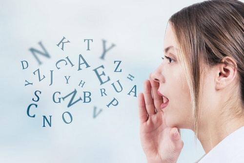 Синдром иностранного акцента: жительница США заговорила как англичанка